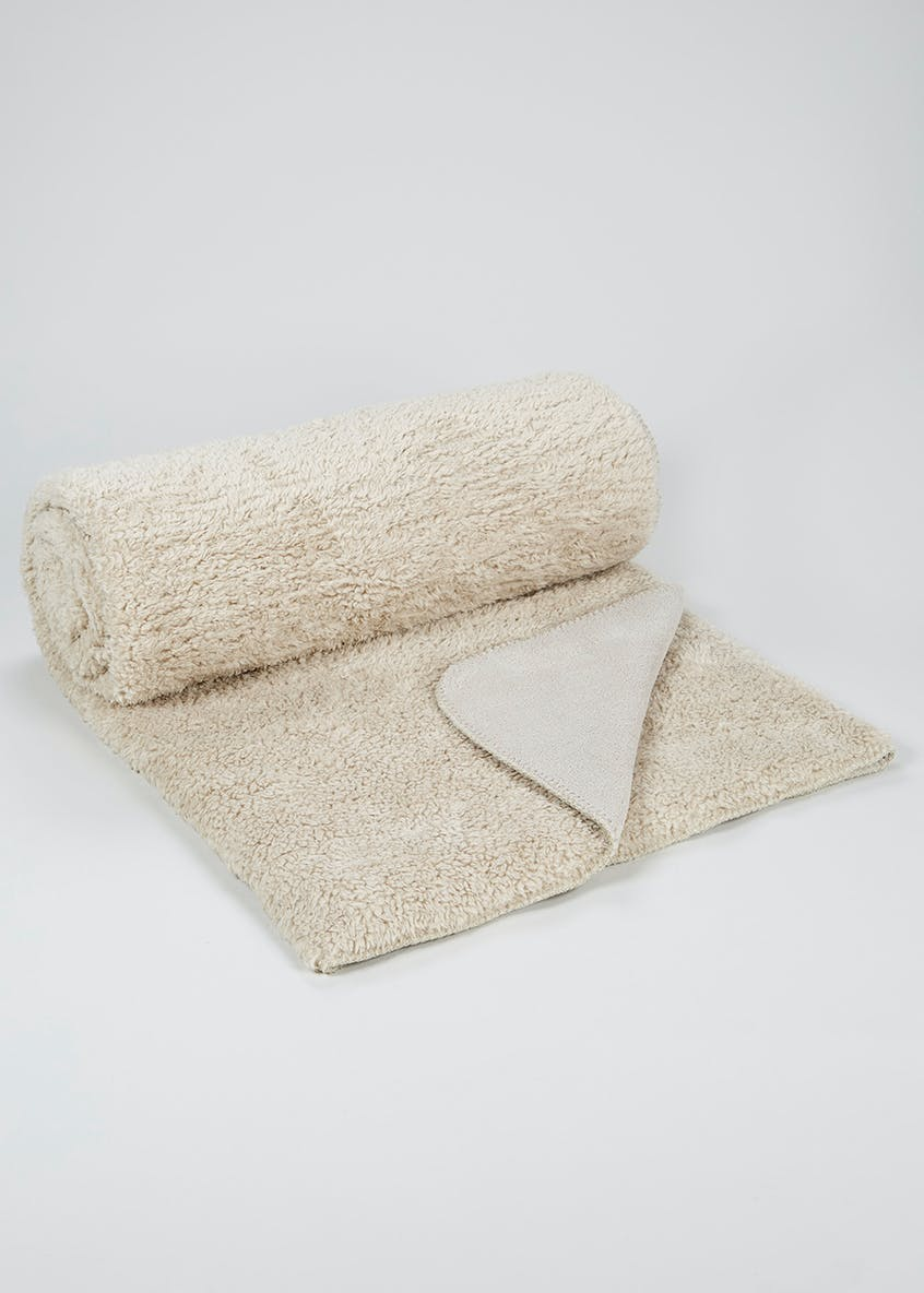 Large Coral Fleece Throw (200cm x 180cm)