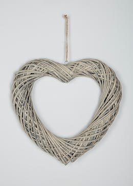 Hanging Wicker Heart (43cm x 39cm)