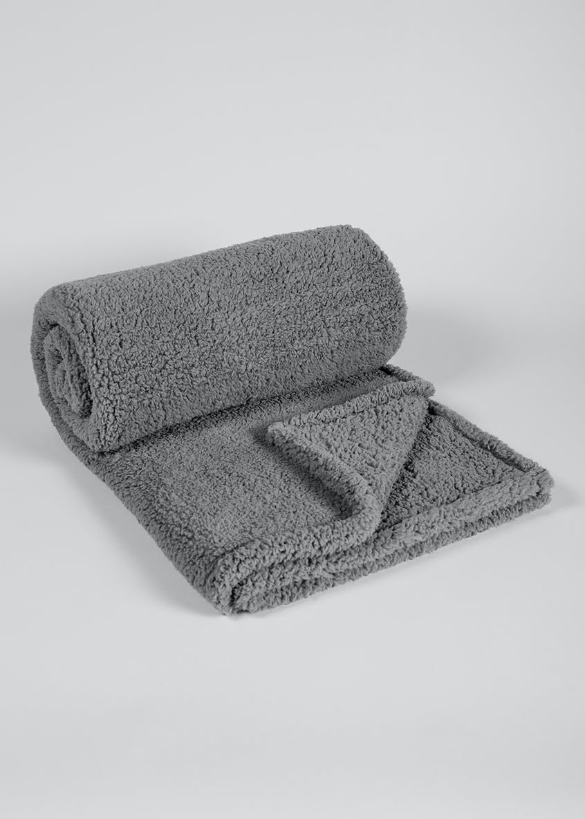 Supersoft Sherpa Fleece Throw (200cm x 150cm)