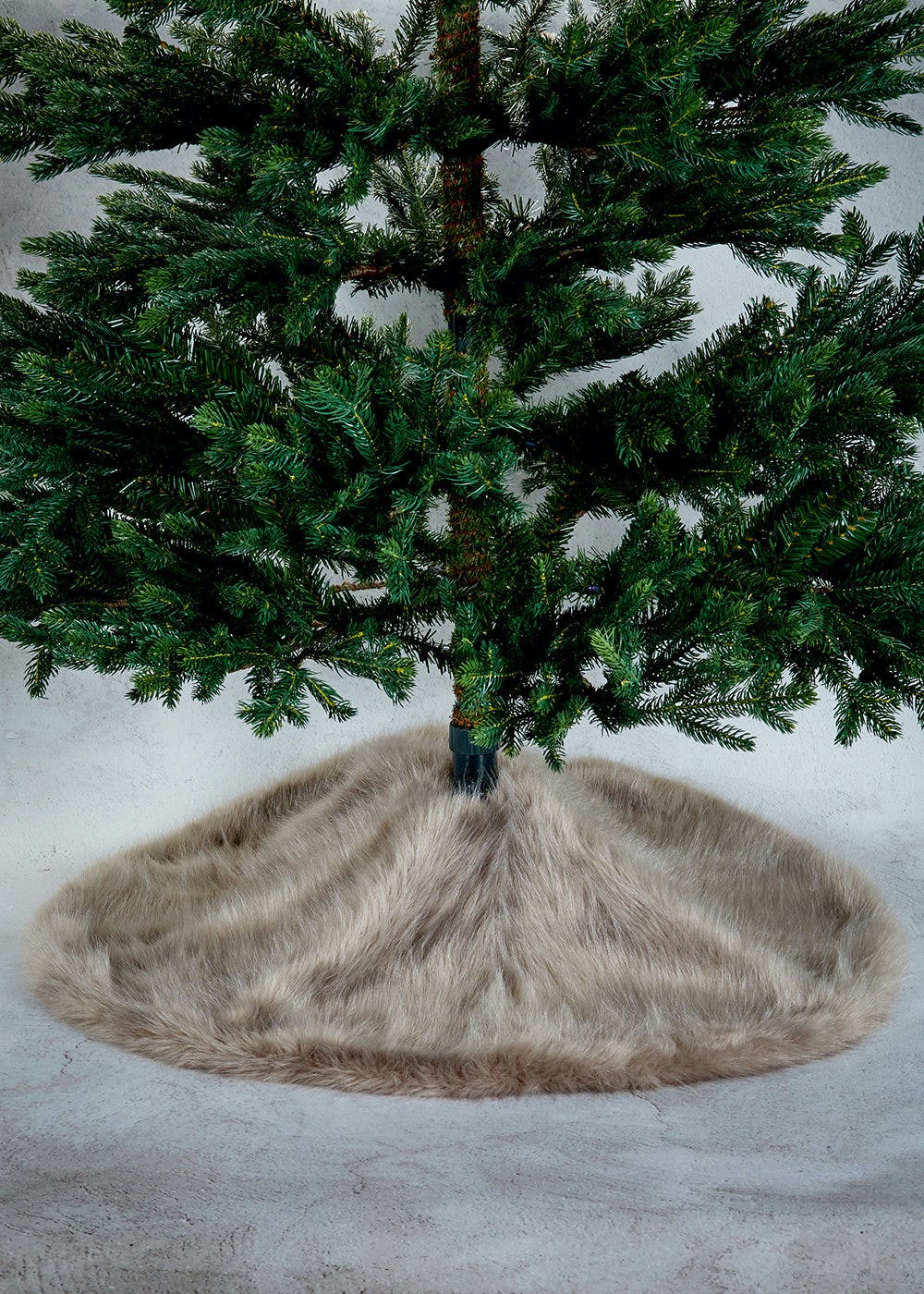 Faux Fur Christmas Tree Skirt 40cm Grey Matalan
