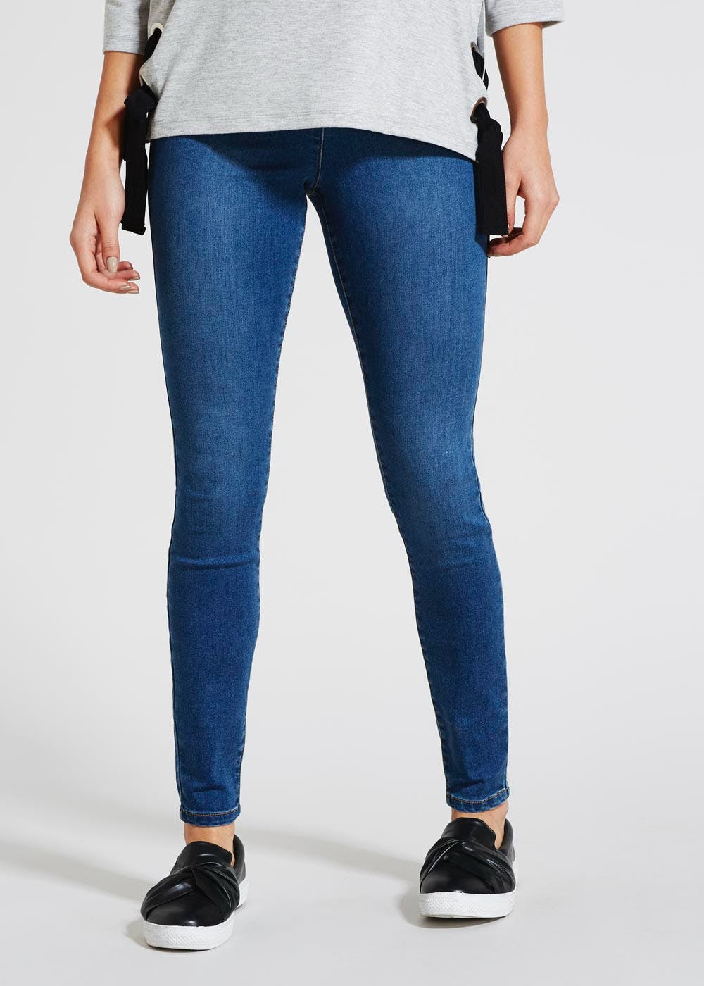 dirt cheap presenting online for sale Jessie High Waisted Jeans – Midwash – Matalan