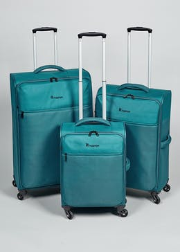 IT Luggage Lightweight Spinner 4 Wheel Suitcase