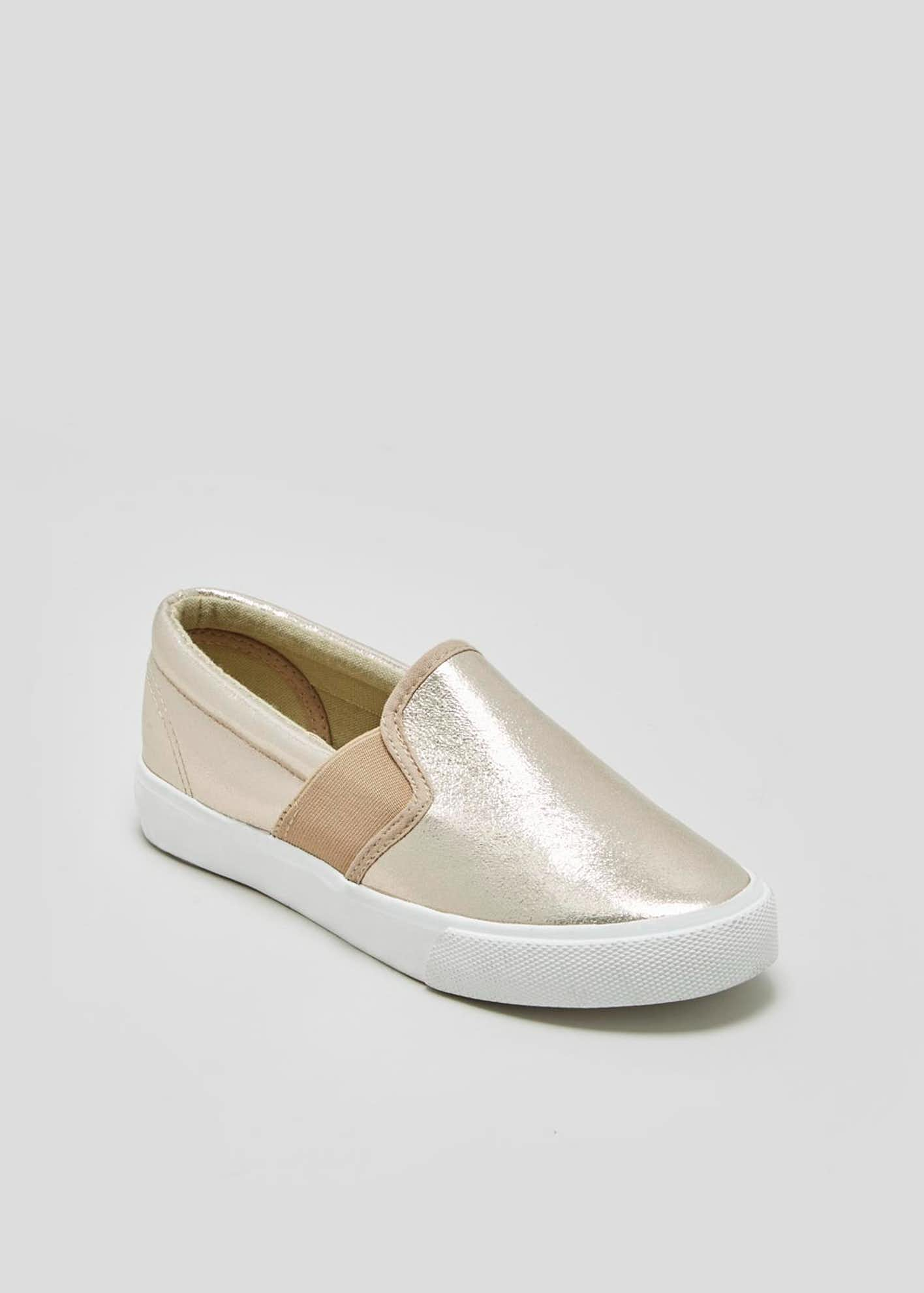 Slip On Canvas Pumps
