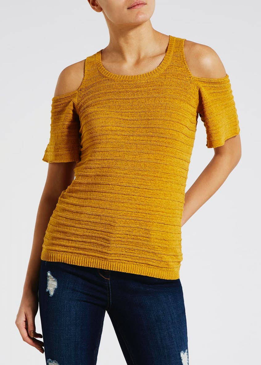 Cold Shoulder Knitted Top