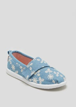 Girls Slip on Canvas Shoes (Younger 4-12)