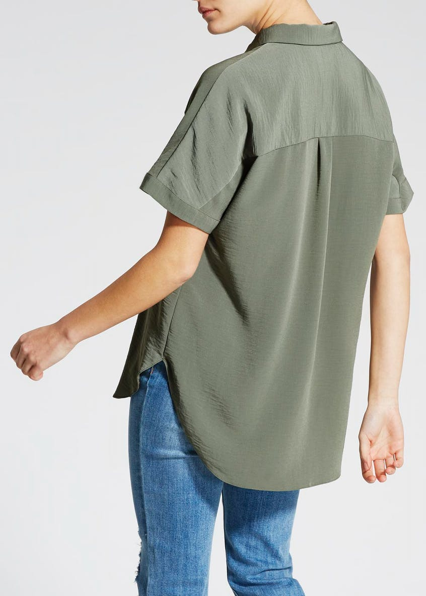 Dip Back Short Sleeve Shirt