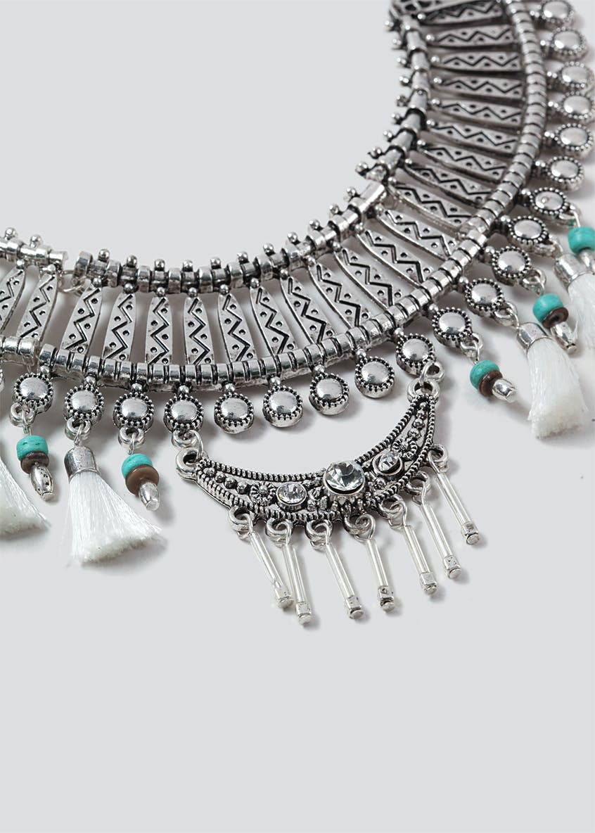 Ethnic Tassle Collar