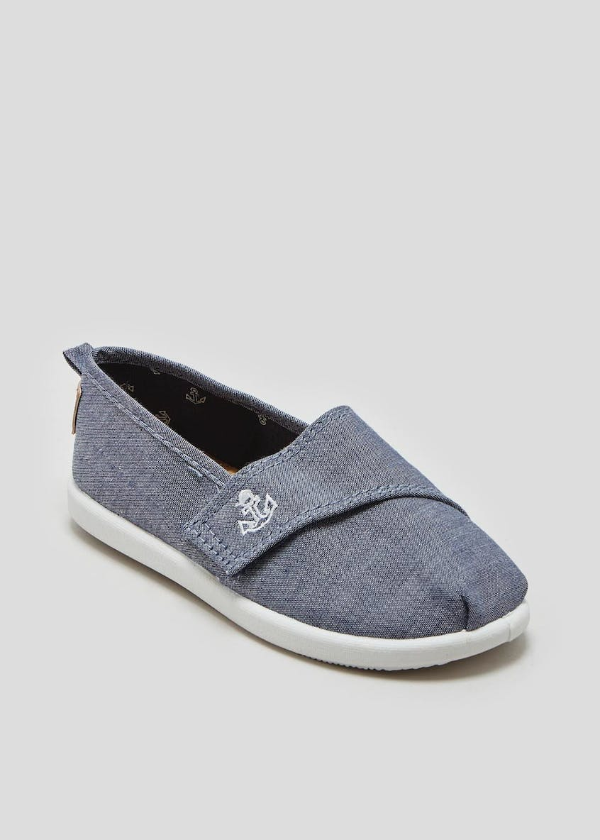 Boys Slip On Canvas Shoes (Younger 4-12)