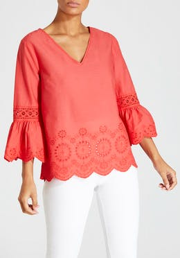 V-Neck Schiffley Top