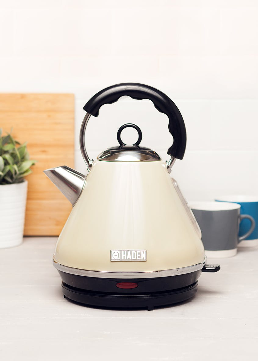 Haden Boston Pyramid Kettle (1.7L)