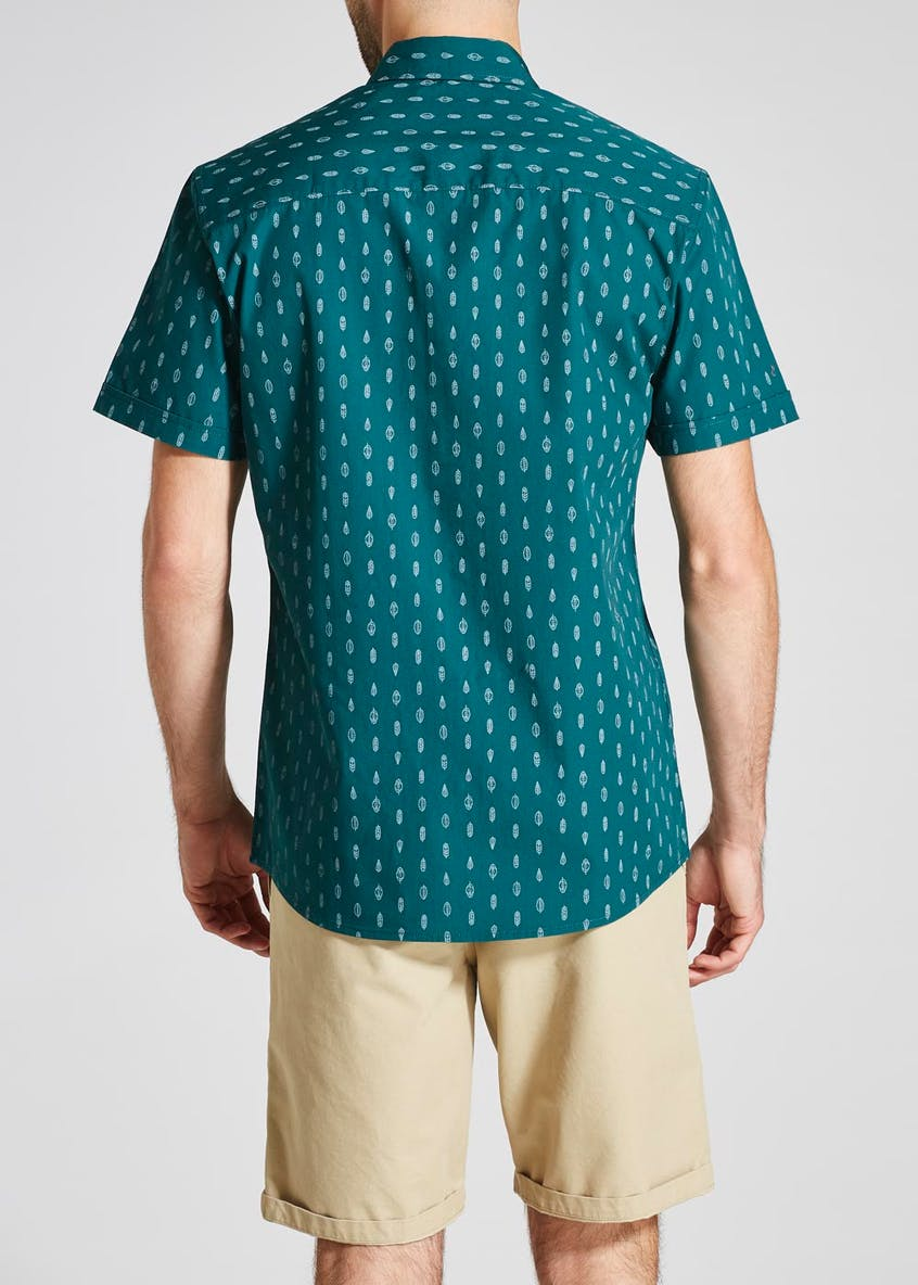 Feather Print Short Sleeve Shirt