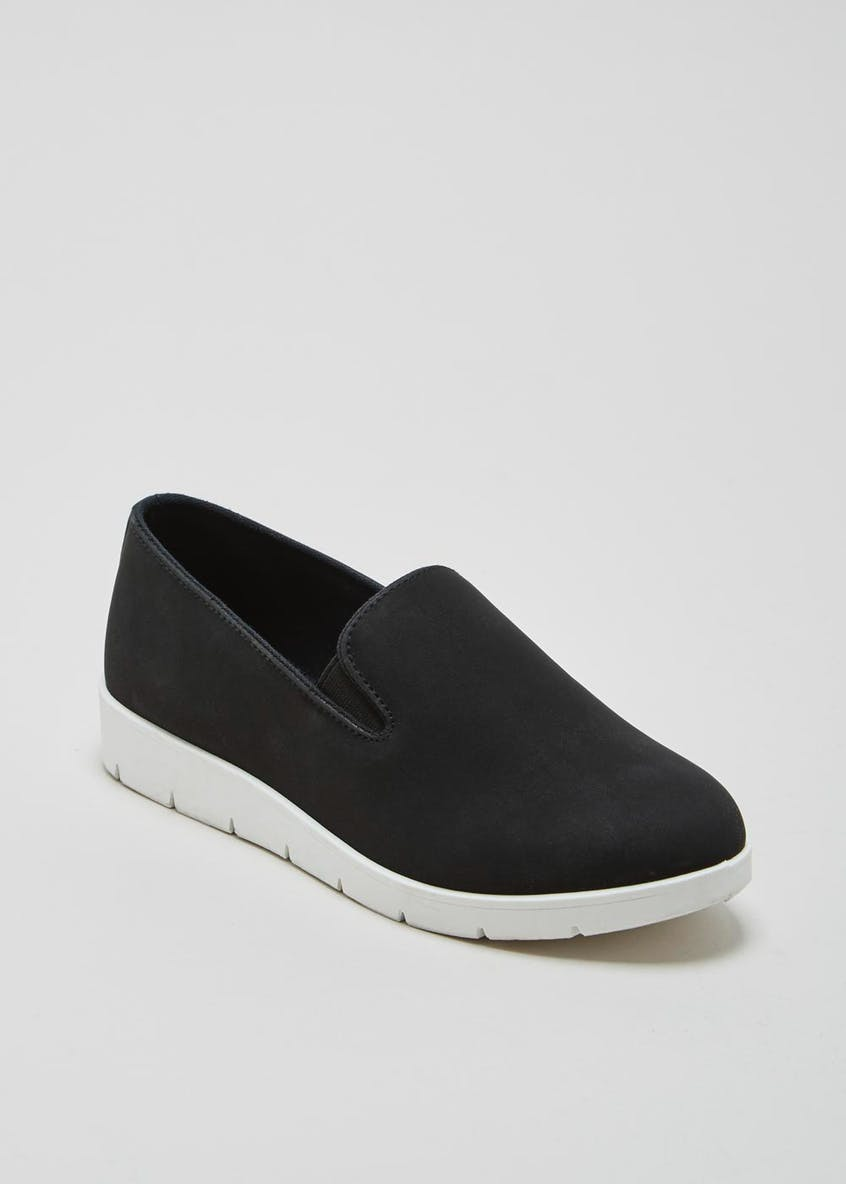 Contrast Sole Slip On Pumps