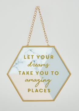 Dreams Hanging Quote (19cm x 16cm)
