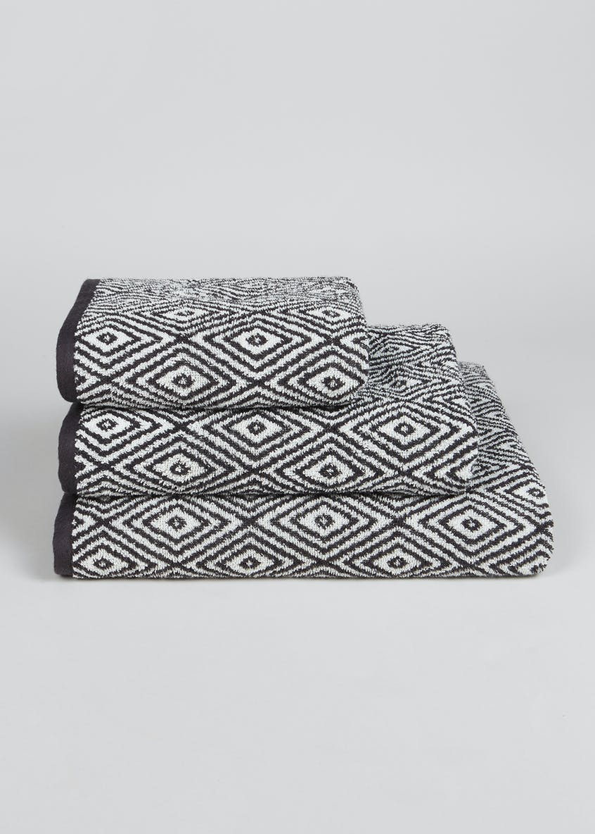 100% Cotton Geometric Pattern Towels