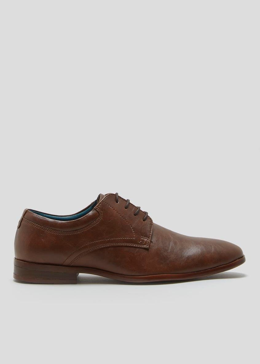 Contrast Sole Gibson Brogues