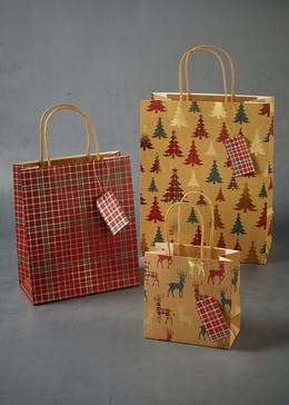 3 Pack Winter's Tale Christmas Gift Bags