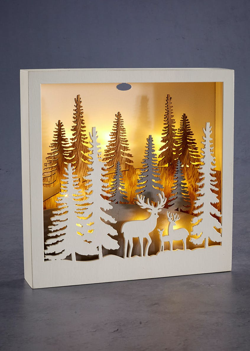 LED Forest Scene Christmas Decoration (25cm x 25cm x 5cm)