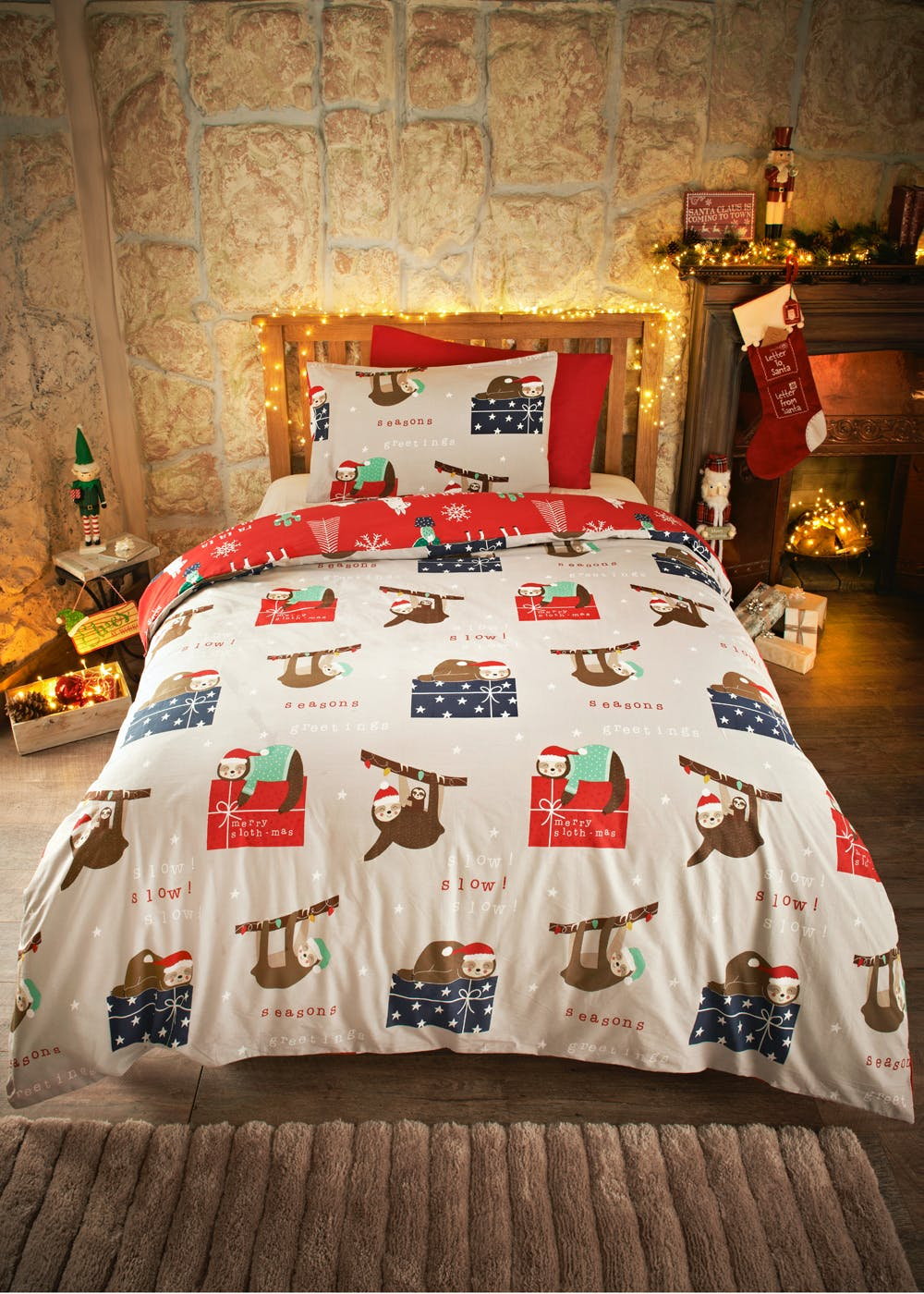 Kids 100% Cotton Llama & Sloth Christmas Bedding Set – Red – Matalan