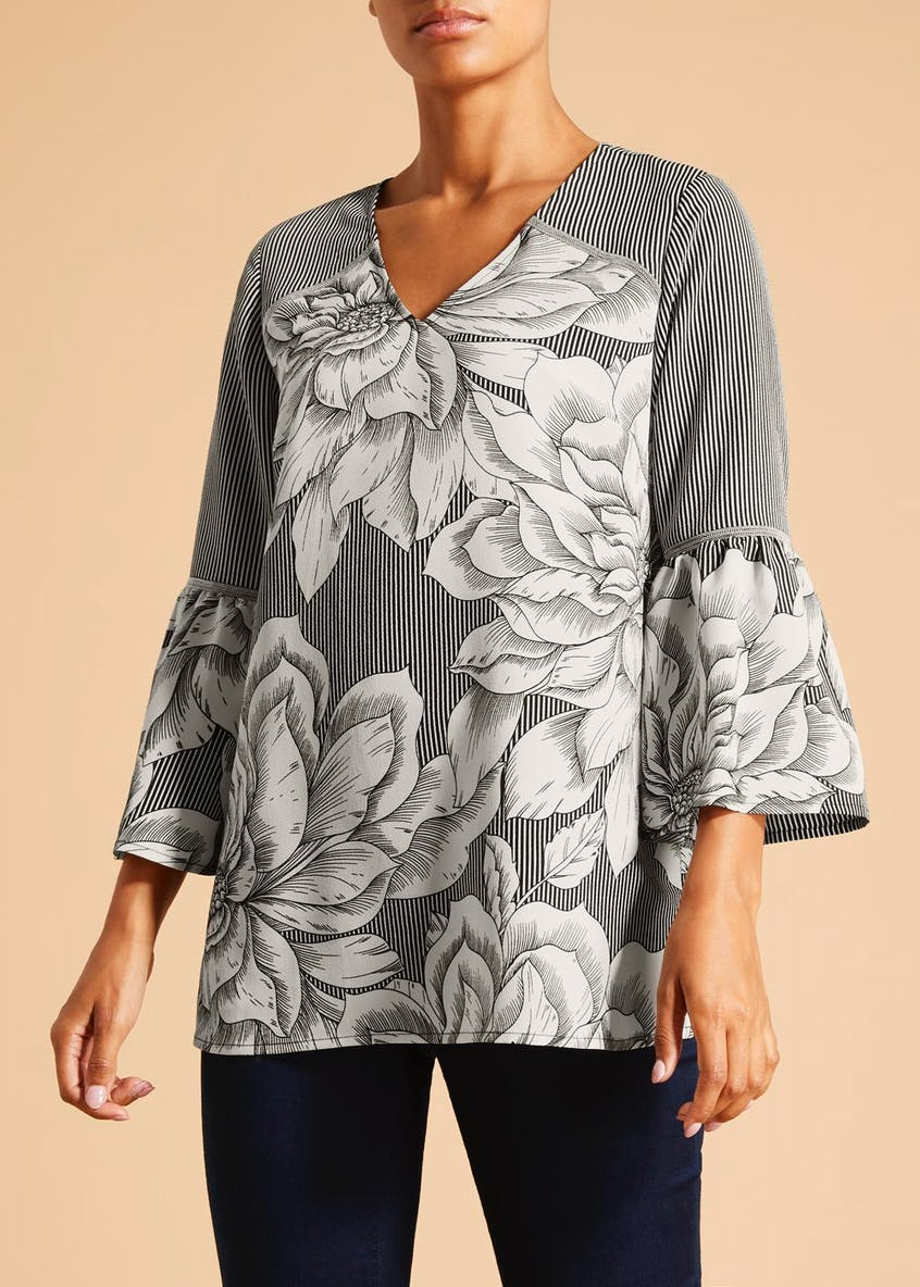 Soon Floral Stripe Bell Sleeve Blouse