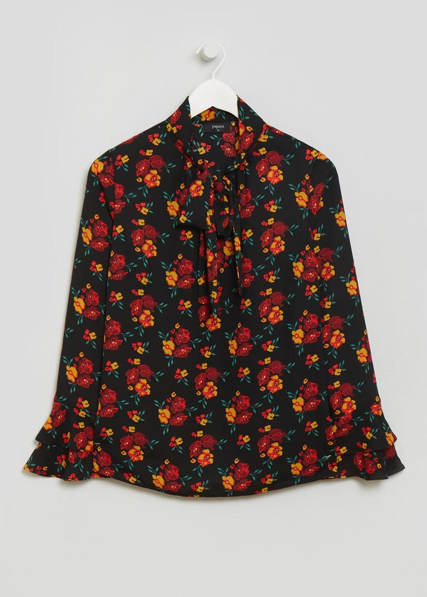 Floral Bell Sleeve Pussybow Blouse