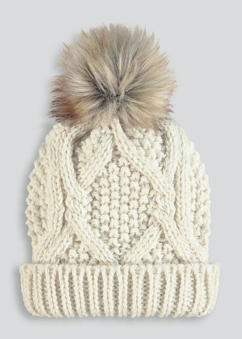 Oversized Faux Fur Bobble Hat