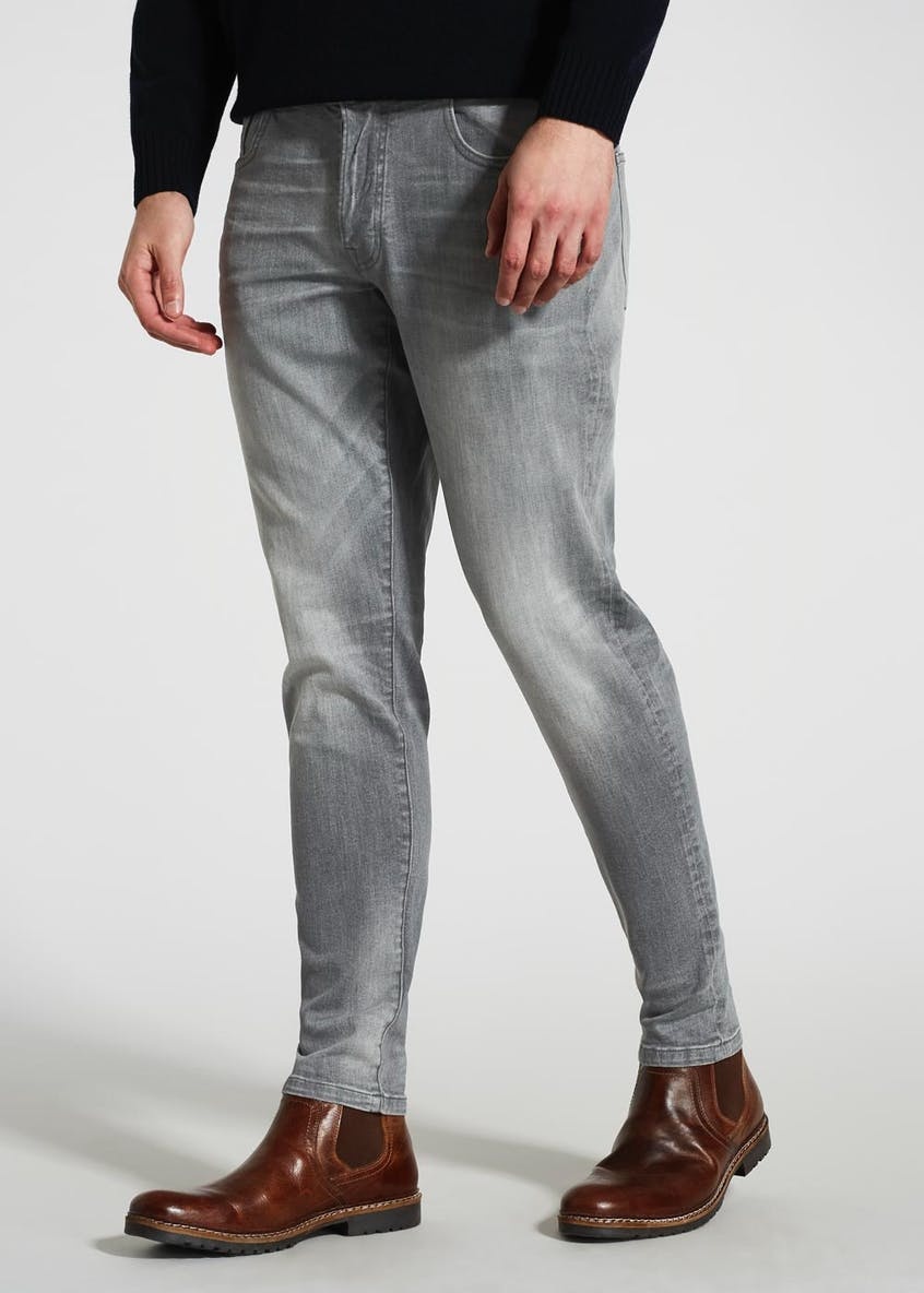 Stretch Tapered Fit Jeans