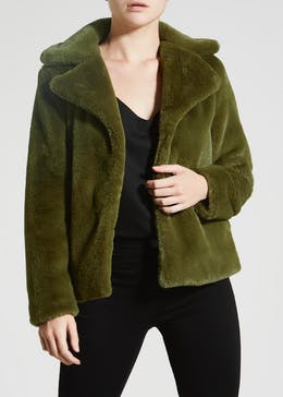 Papaya Petite Super Soft Short Faux Fur Coat