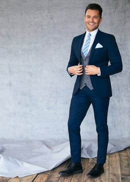93cfe3721 Mens Suits - Business Full Suit & Two Piece Suits for Men – Matalan