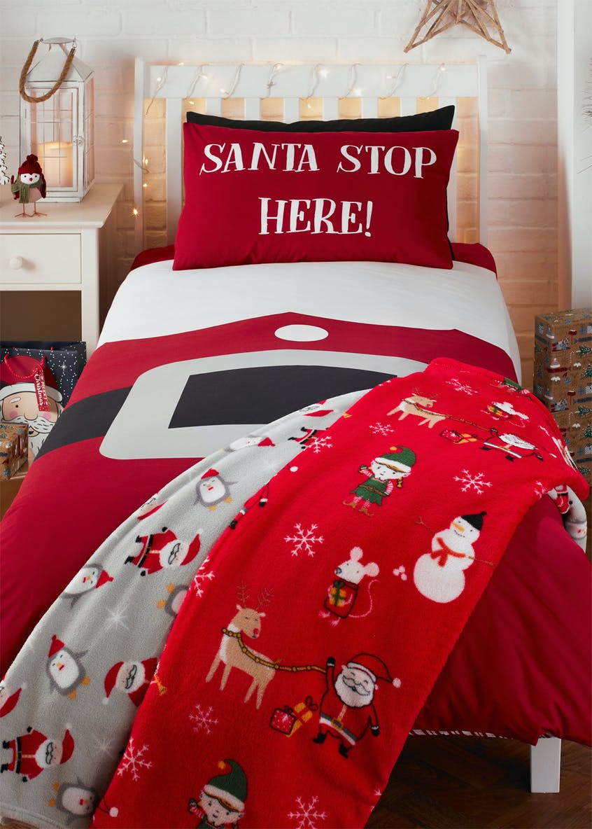 Santa Print Sherpa Christmas Throw (150cm x 130cm)