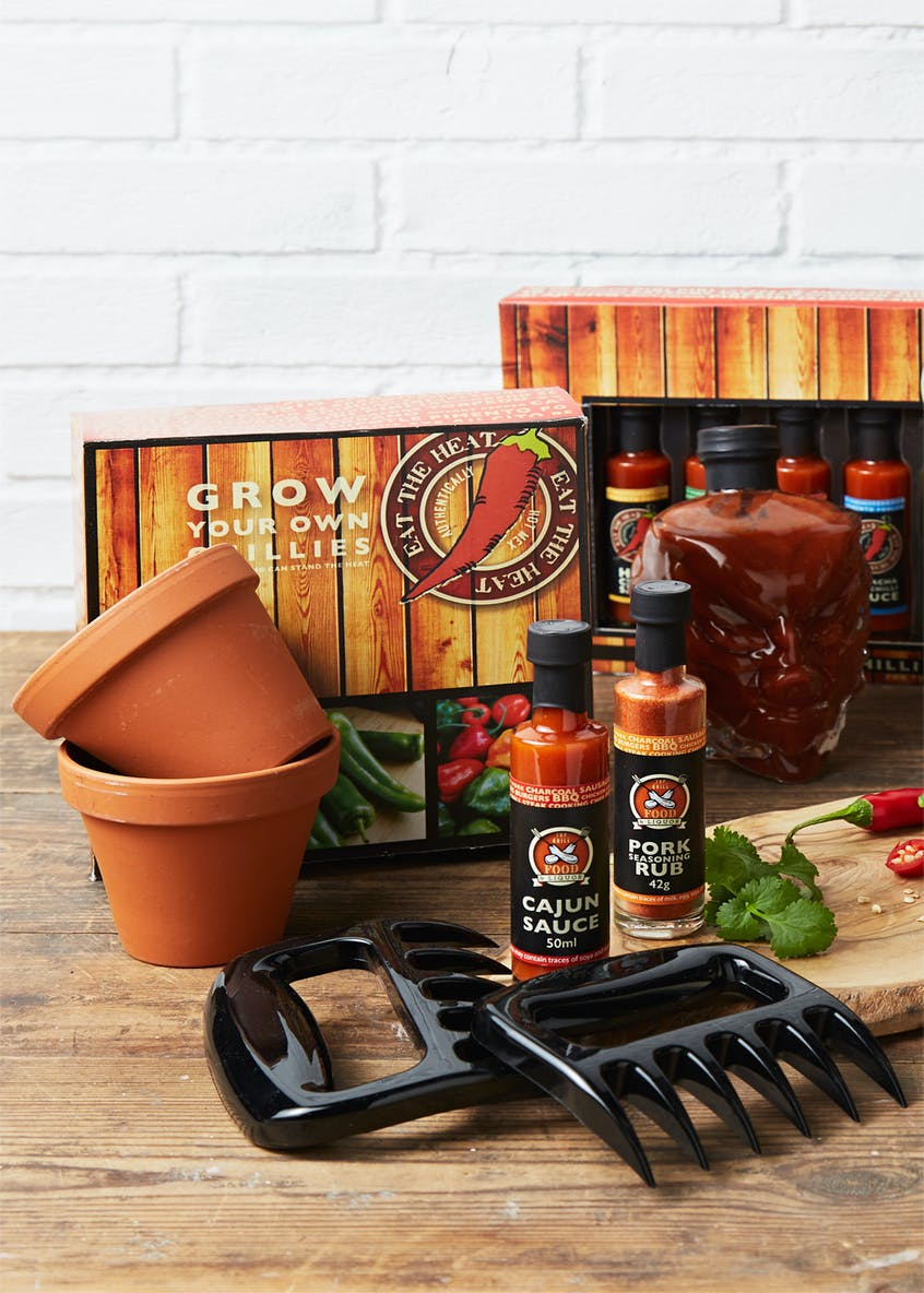 Pulled Pork Claws Hot Sauce & Seasoning Rub Gift Set (28cm x 17cm x 4cm)