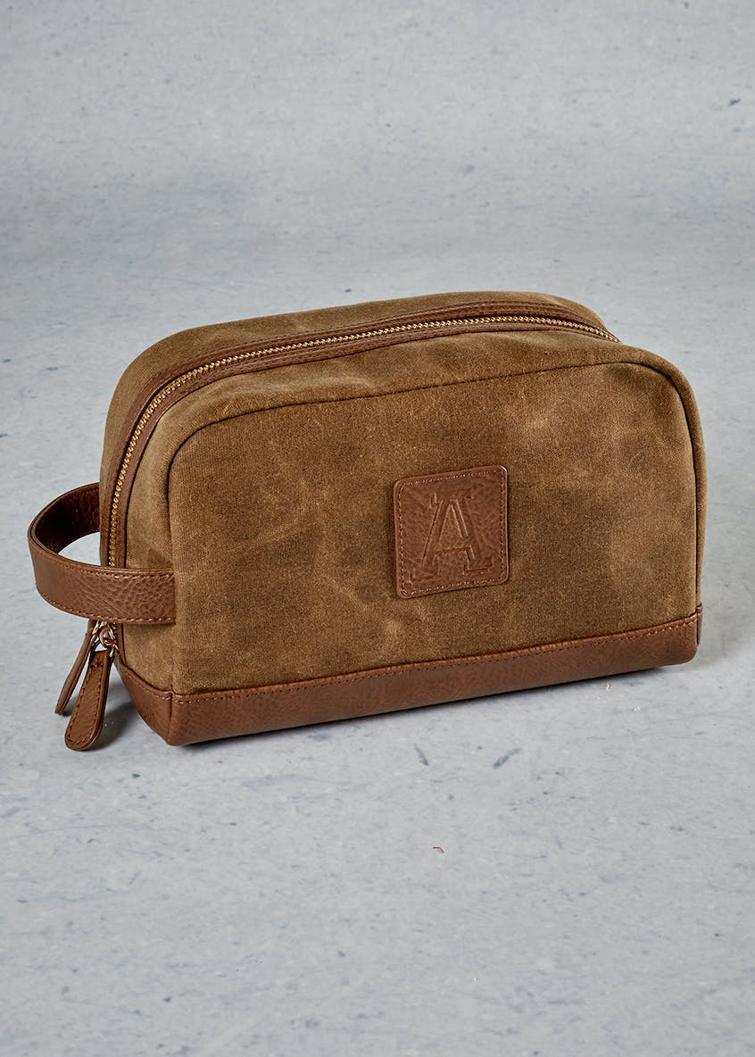 Alphabet Toiletry Bag (22cm x 15cm x 9cm)