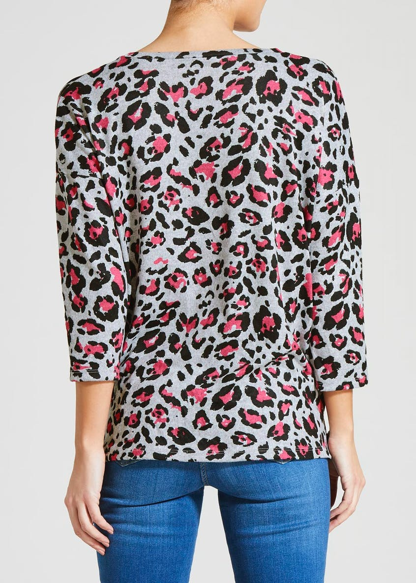 Animal Print Ruched Snit Top