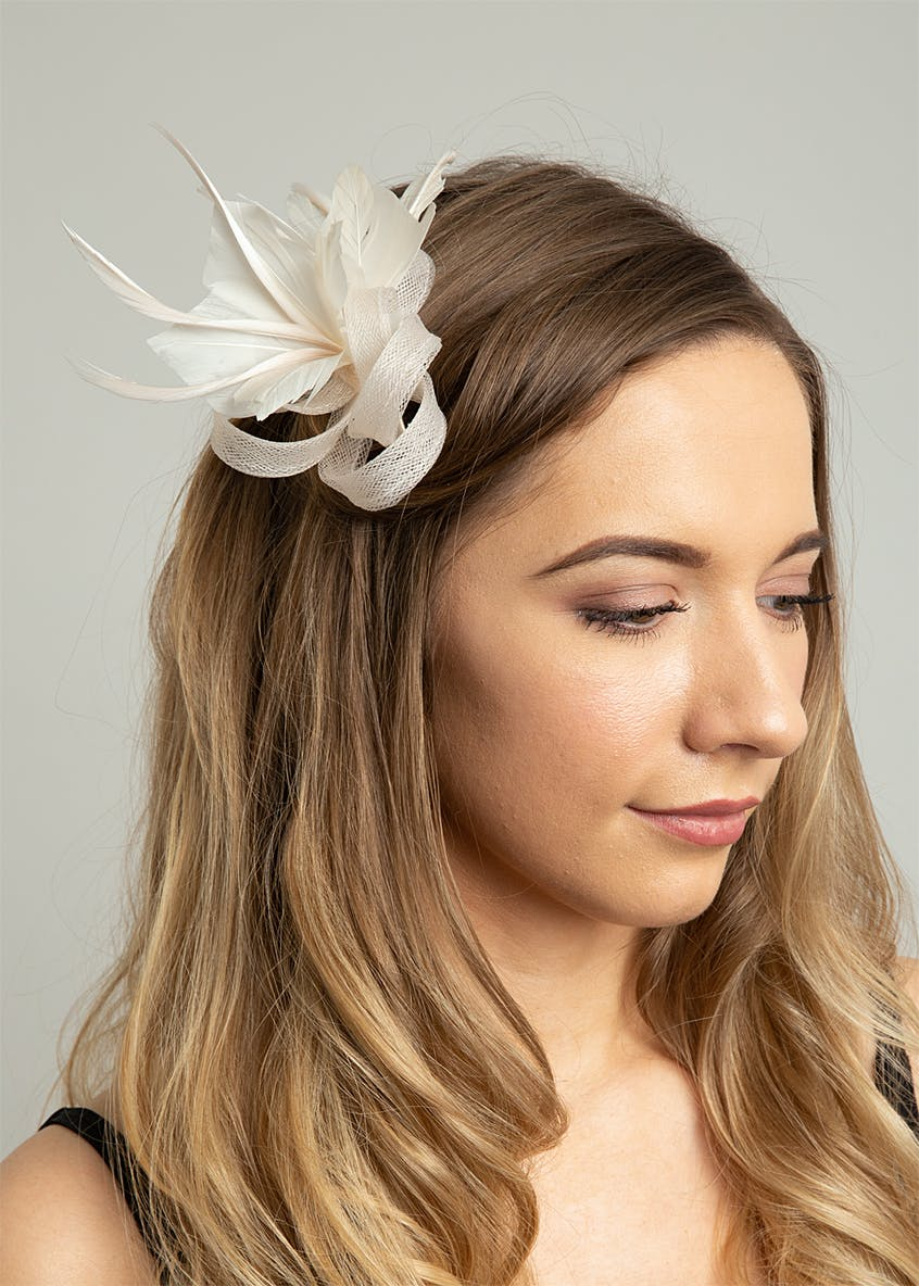 Feather Loop Fascinator Clip