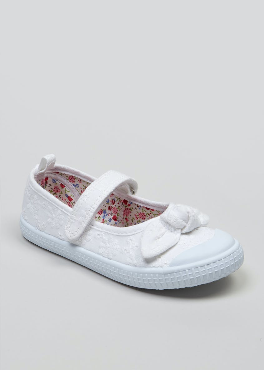 Girls Broderie Mary Jane Pumps (Younger 4-12)