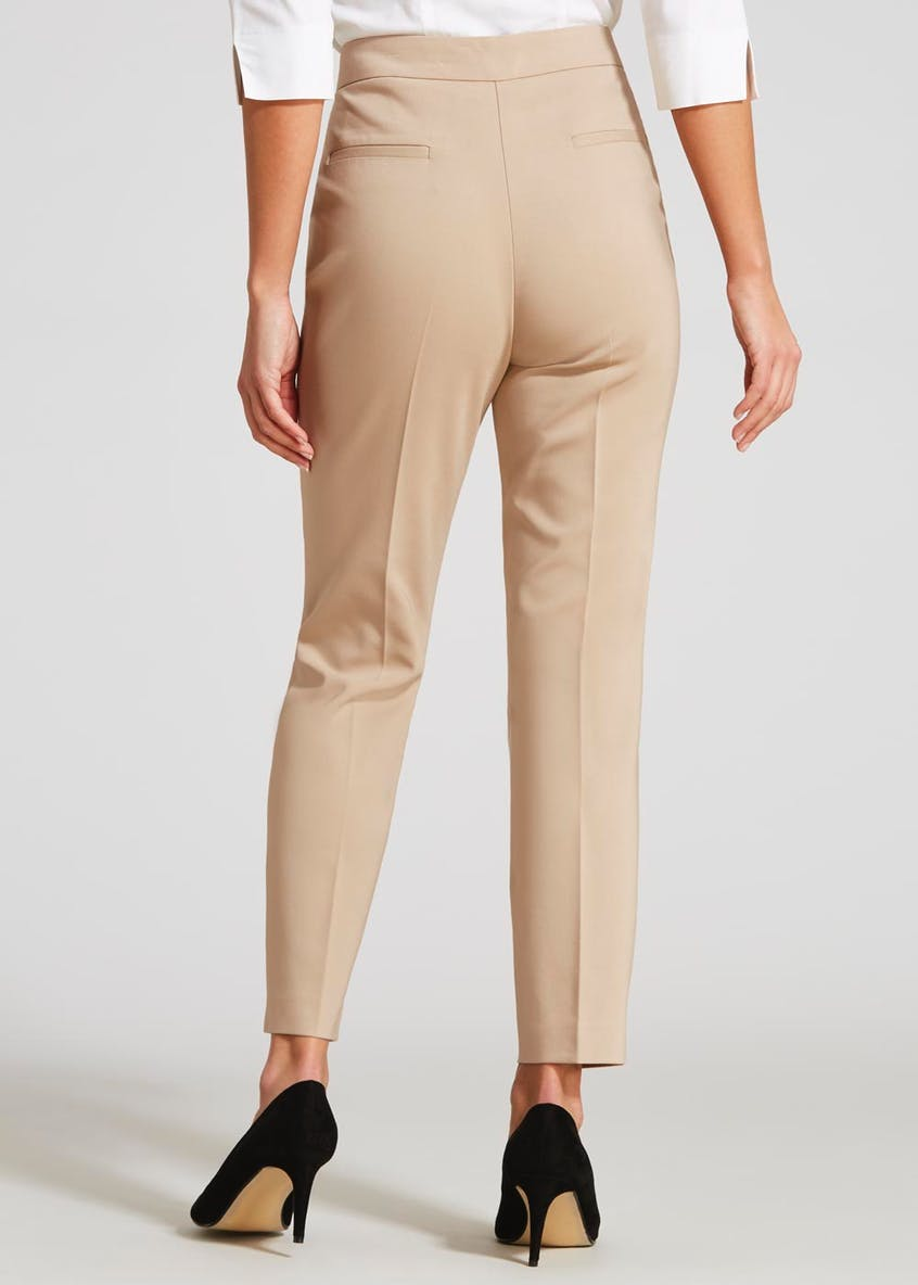 Pleated Capri Trousers