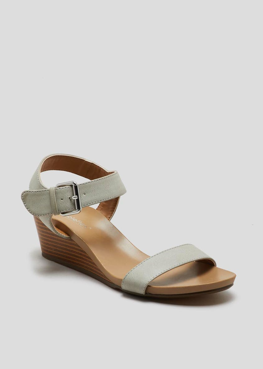 Soleflex Buckle Wedges