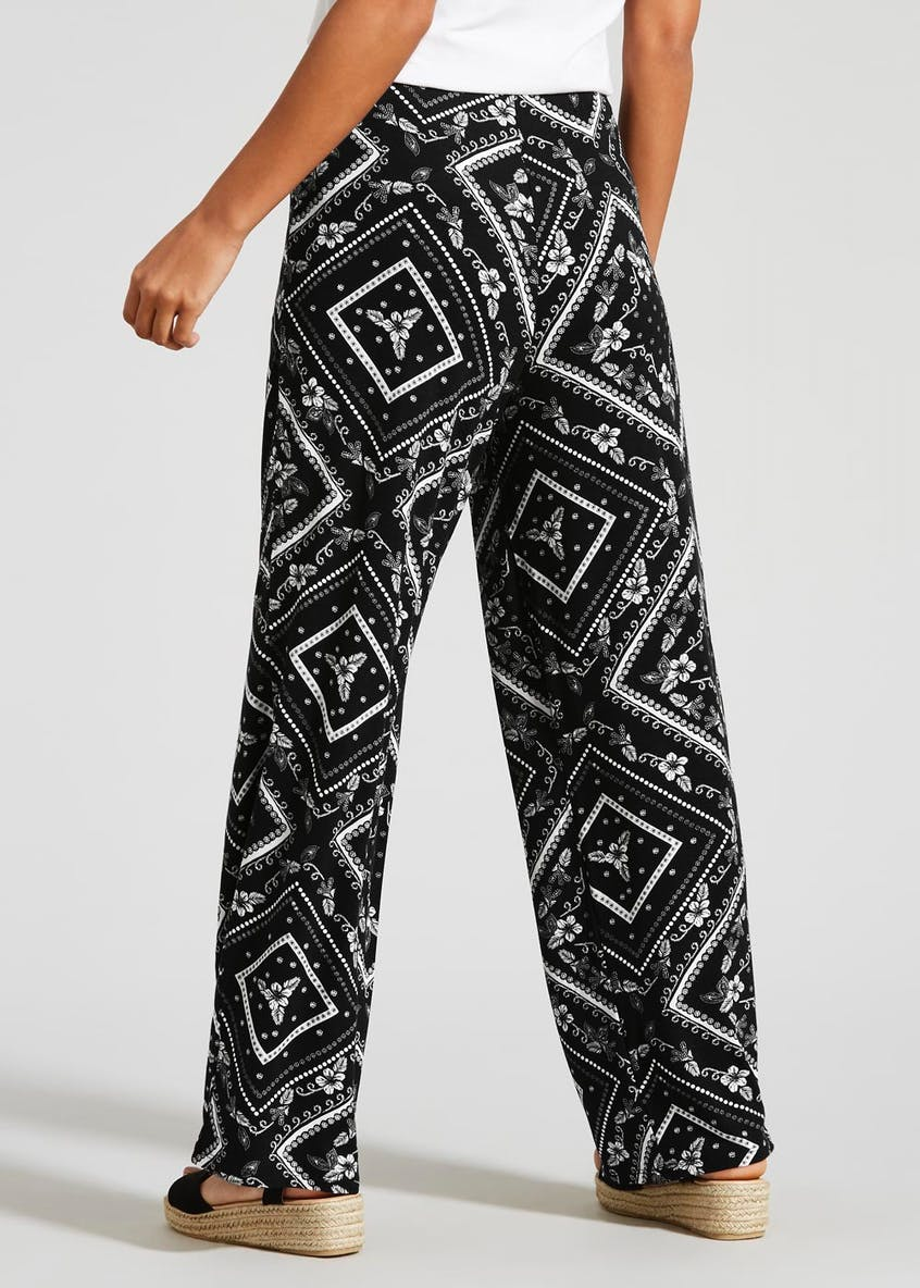 Scarf Print Wide Leg Trousers