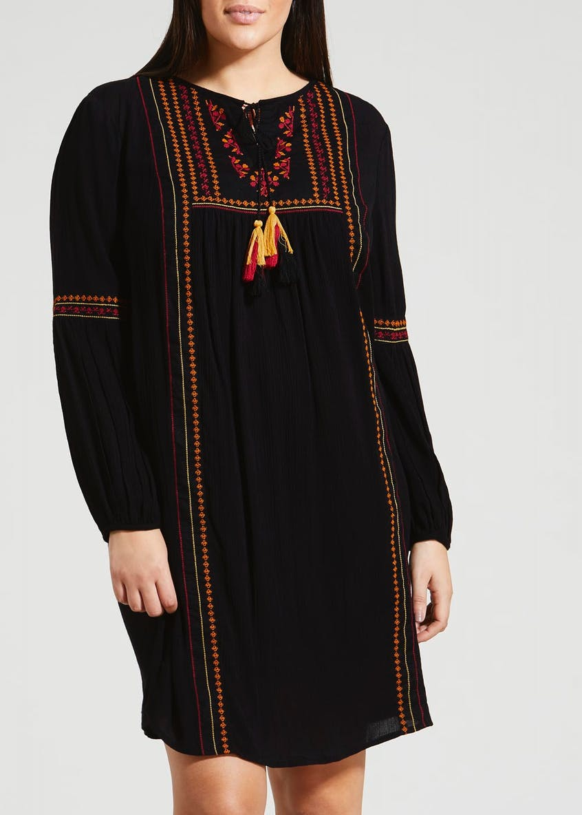 Papaya Curve Embroidered Dress