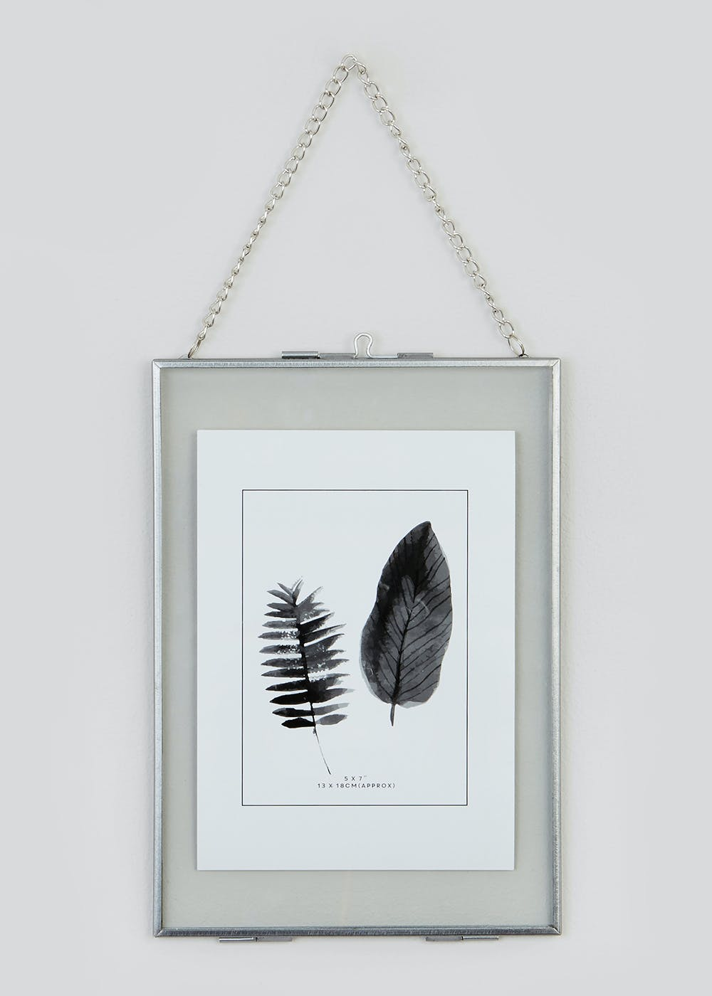 Medium Hanging Metal Frame (24cm x 17cm)
