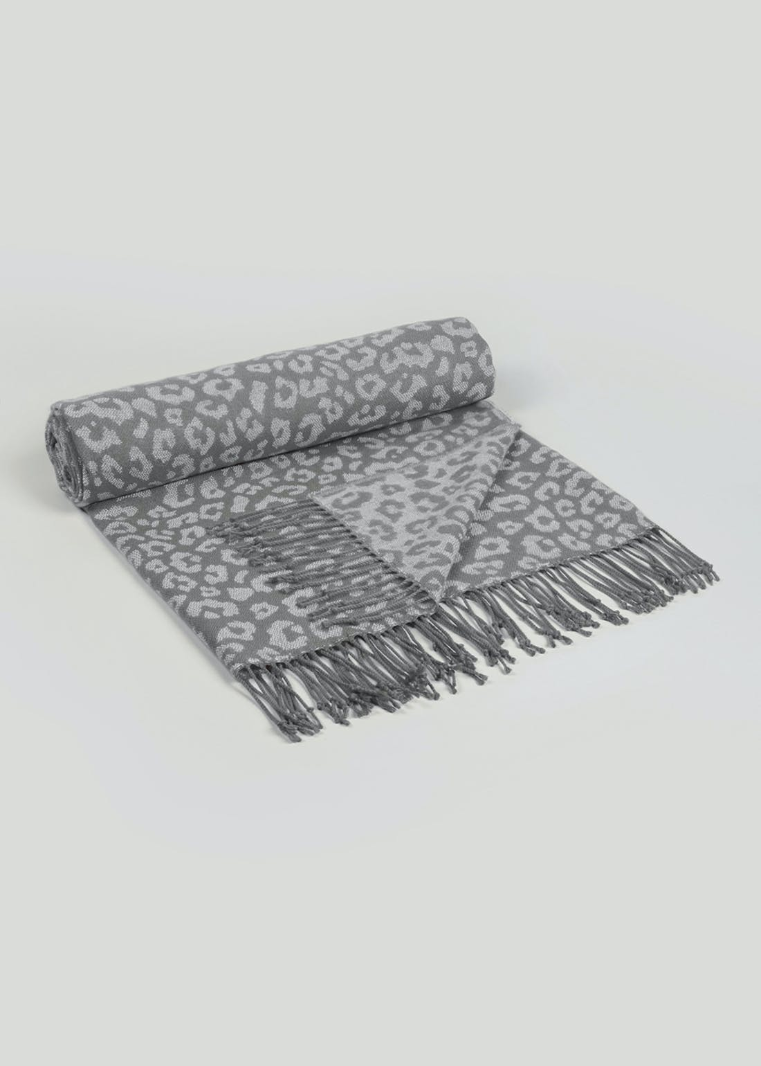 Jacquard Animal Print Throw Blanket (150cm x 130cm)