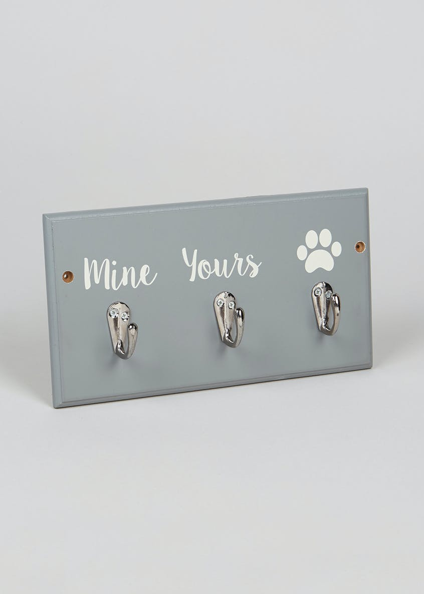 Paw Print Wooden Wall Hook (14cm x 1cm)