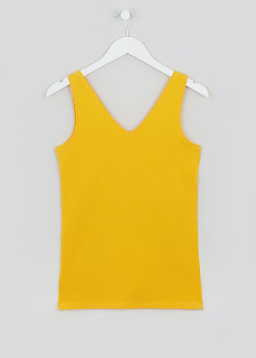 Basic Short V-Neck Vest