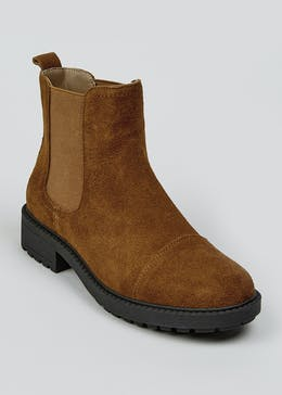 Suede Soleflex Cleated Chelsea Boots