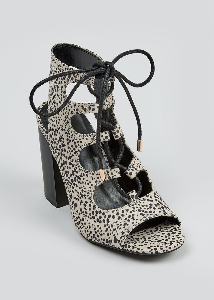 Spotted Lace Up Shoe Boots