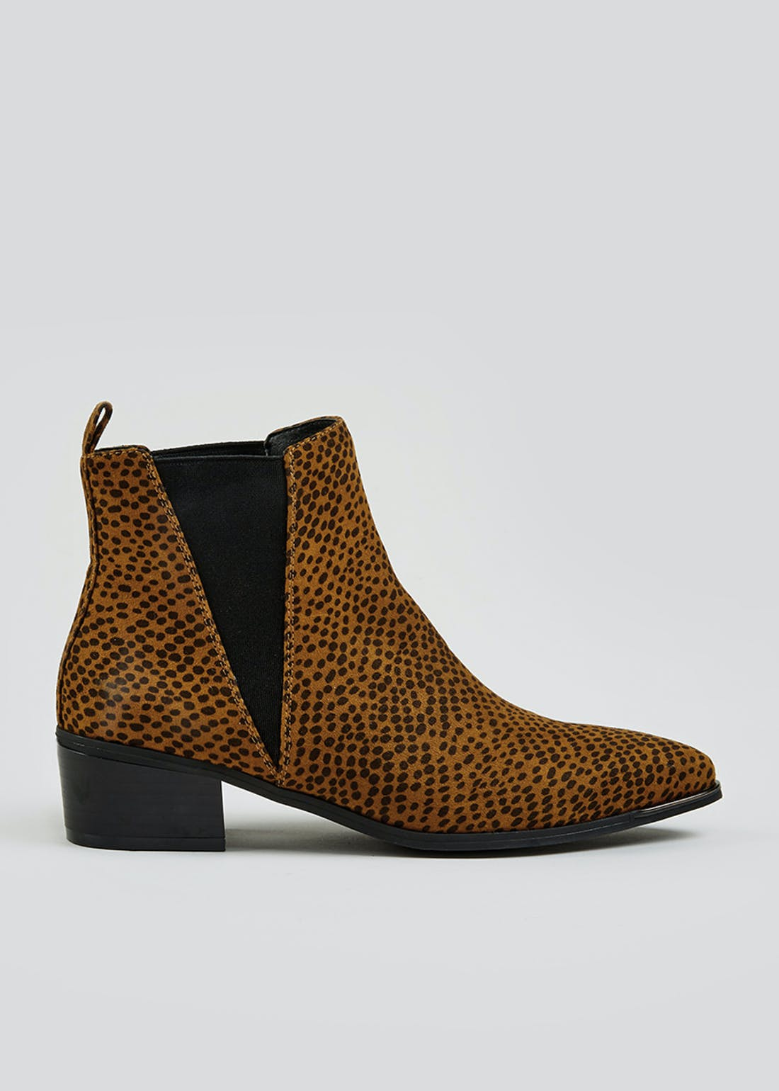 Leopard Print Pointed Boots