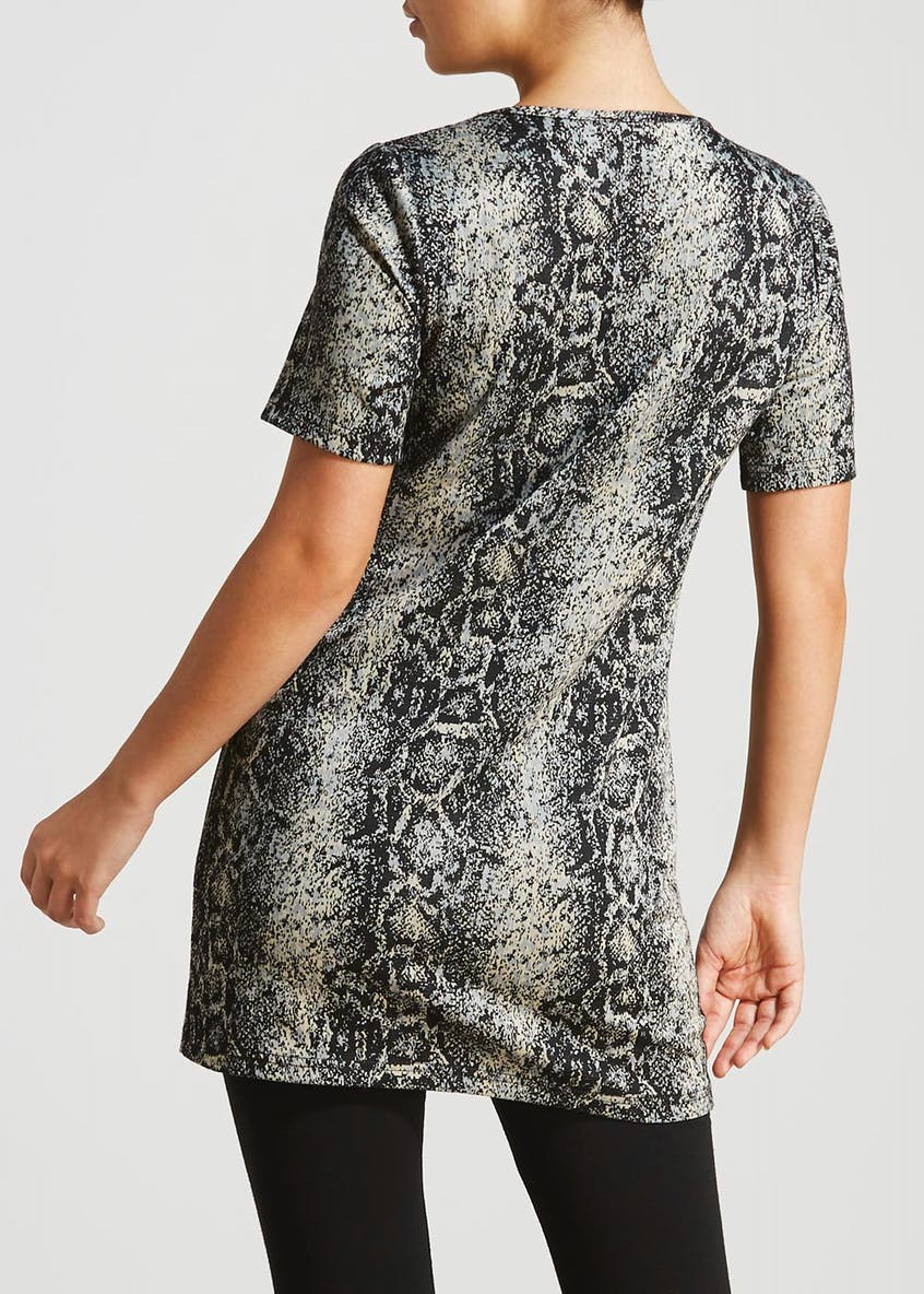 Short Sleeve Snake Print Tunic Top