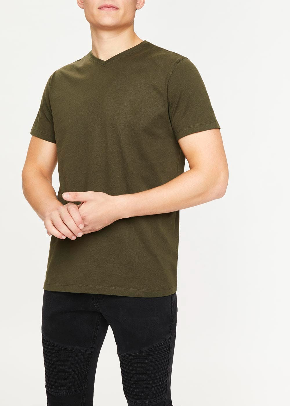 low priced 302ce 91d6d Basic V-Neck T-Shirt