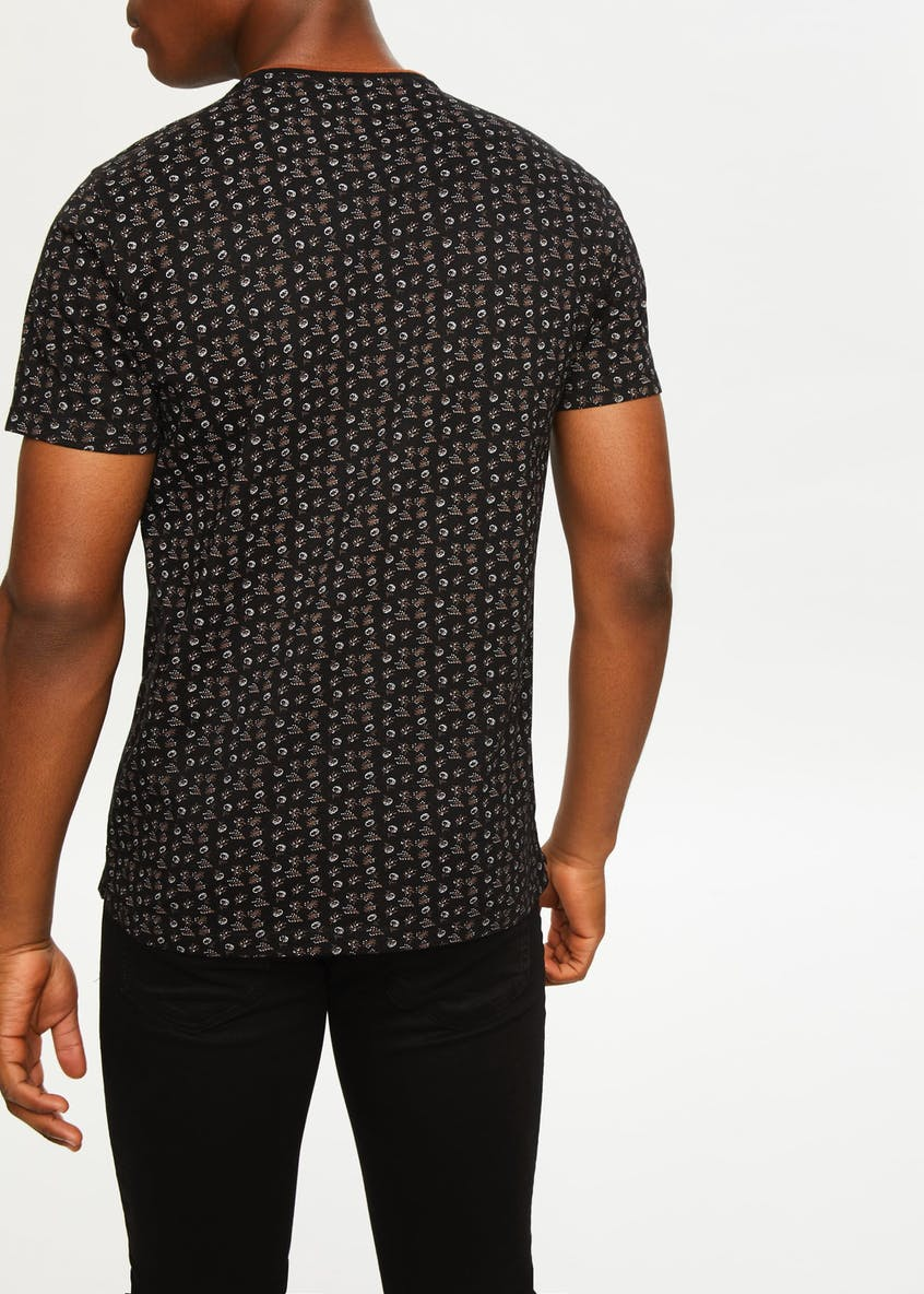 Easy Black Label Paisley T-Shirt