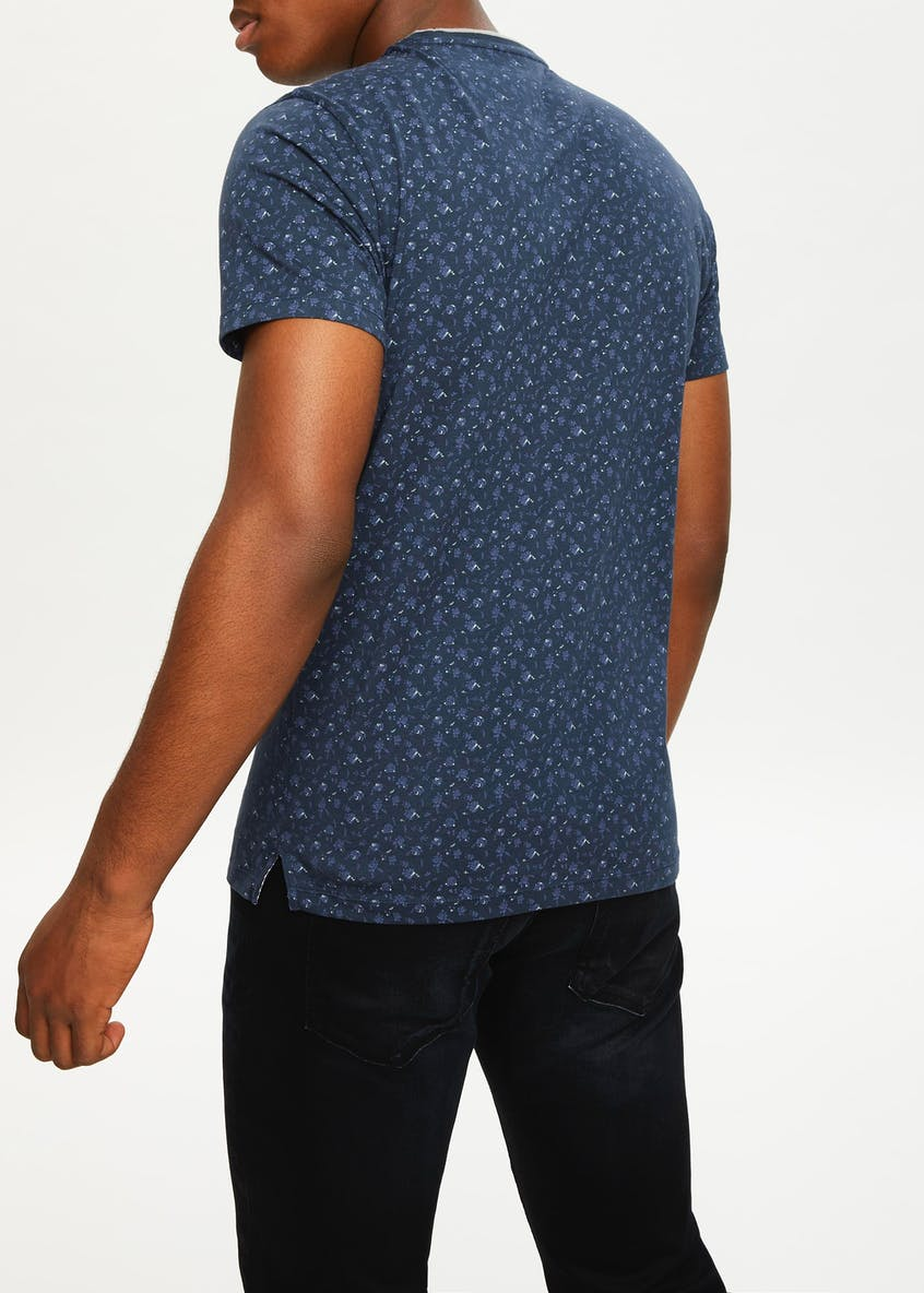 Easy Black Label Paisley Printed T-Shirt