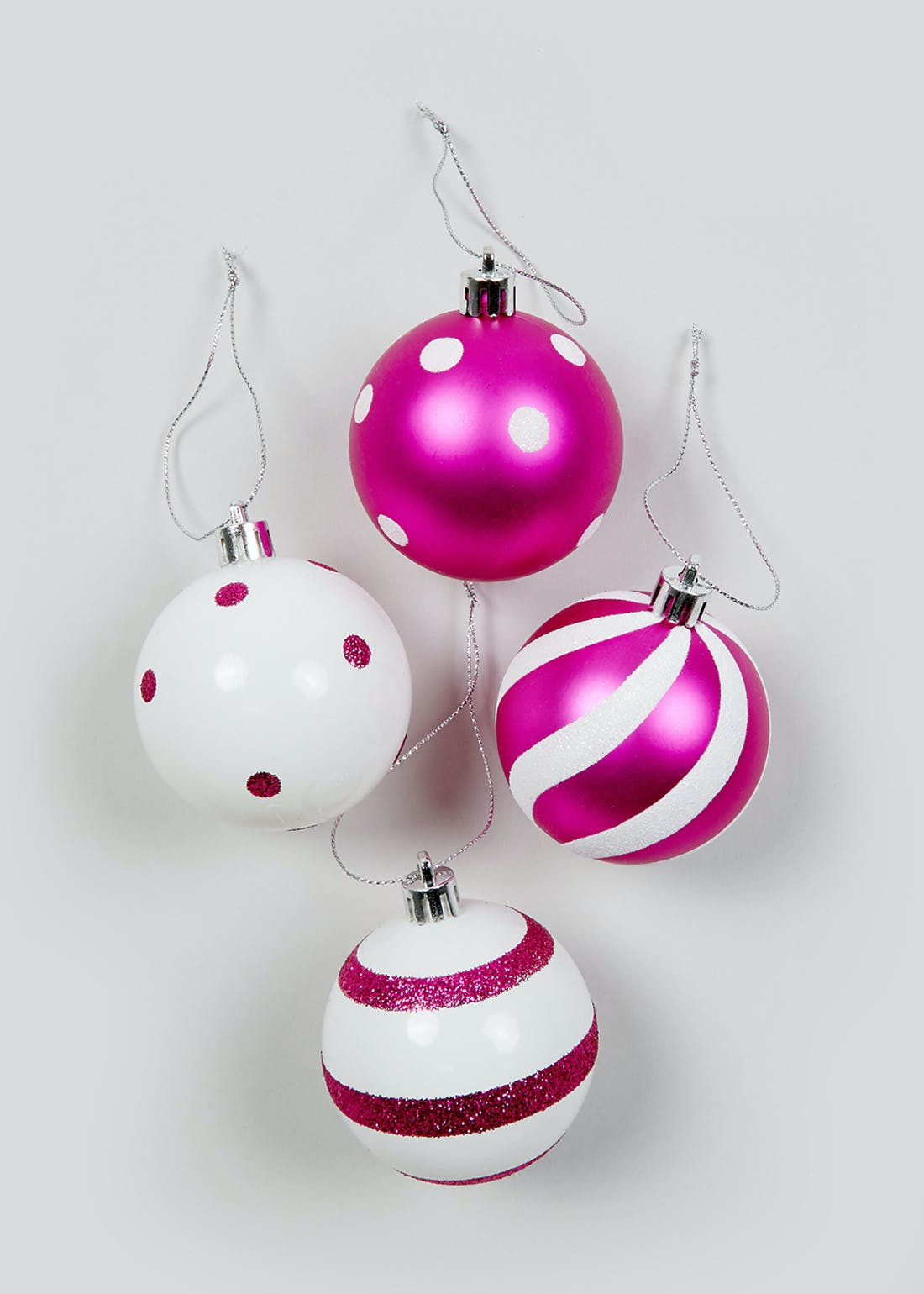 24 Pack Shatterproof Christmas Tree Baubles (6cm)